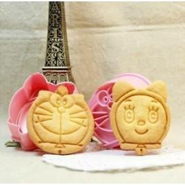 Cortadores Doraemon con marcador. Set de 2