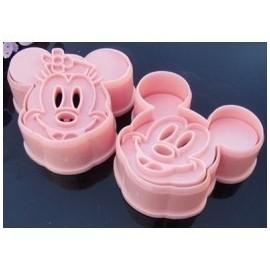 Cortadores Mickey Mouse con marcador. Set de 2